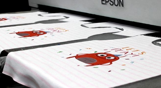 Печать на ткани в Москве лучше всего заказывать в компании «Ньютелл»