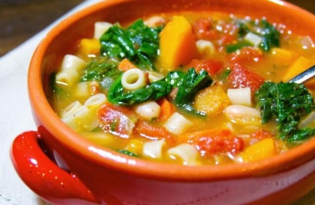 Як приготувати овочевий суп «Стартовий»?